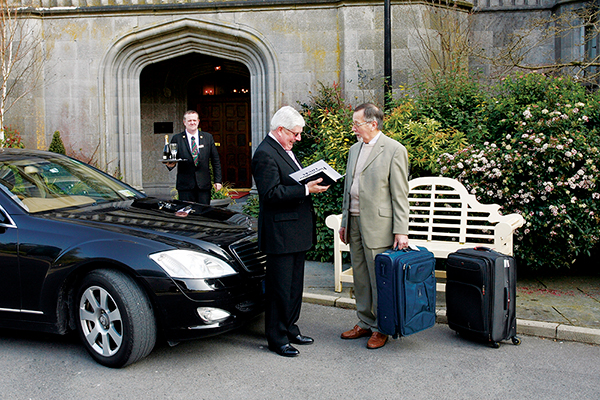 2017 Ireland & Britain Luxury Collection&#13Chauffeur-Drive
