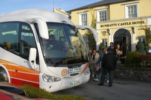 Tour Coach - Bunratty