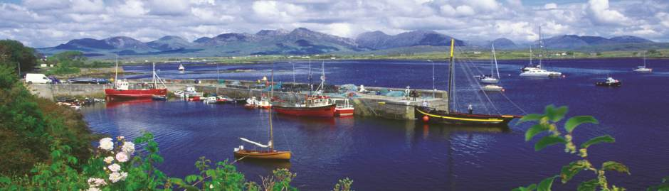 Roundstone Harbour in Connemara, Ireland