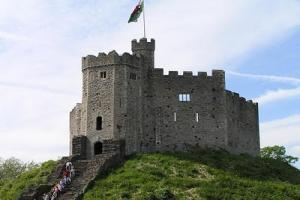 Heart of Wales & England 8 Day Coach Tour